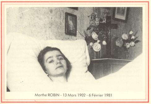 www.heiligen-3s.nl/heiligen/02/06/02-06-1981-Marthe-Robin.php<br /> +++<br /> Devotieprent.
